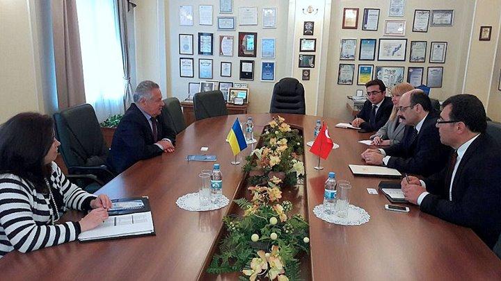 http://ukraynahaber.com.ua/images/stories/arsiv/FOTO_GALERis/yokysarac1.jpg